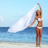 Женщина на пляже Стоковое Фото