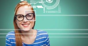 женщина с деталью коробки фокуса глаза над стеклами и линиями интерфейсом Стоковое Изображение