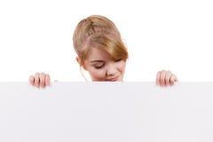 Женщина с знаком знамени доски пустого представления Стоковое Фото