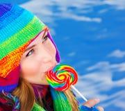Женщина с конфетой сахара Стоковое Фото