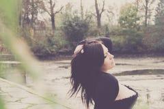 Женщина с корсажем Стоковые Фото
