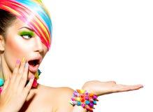 Женщина с красочным составом Стоковое Изображение RF