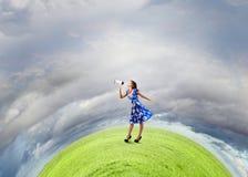 Женщина с мегафоном Стоковое Изображение RF