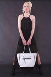 Женщина с мешком Стоковые Изображения