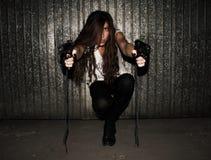 Женщина с 2 оружи Стоковая Фотография RF