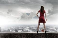 Женщина с осью Стоковые Фотографии RF