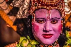 Женщина с покрашенной стороной в Асоме Стоковое фото RF