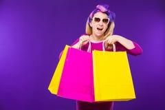 Женщина с покупкой Стоковое Фото