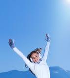 Женщина с поднятыми руками Стоковые Изображения