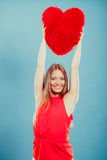 Женщина с подушкой формы сердца полностью иллюстрация архива элементов дня цвета cmyk editable наслоила Валентайн печати готовое  Стоковое фото RF