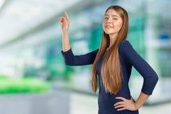 Женщина с пунктом пальца в сторону стоковая фотография rf
