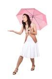 Женщина с розовым зонтиком Стоковая Фотография RF