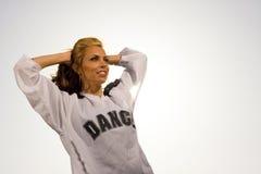 Женщина с рукоятками за головкой Стоковое Фото