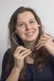 Женщина с стетоскопом стоковые изображения rf