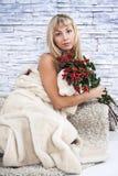 Женщина с цветками Стоковое Изображение