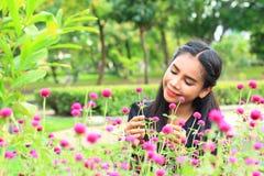 Женщина с цветком Стоковое фото RF