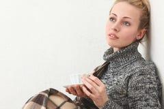 Женщина с чаем Стоковые Фото