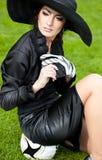 Женщина с шариком футбола Стоковое фото RF