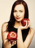 Женщина с яблоками Стоковое Изображение