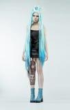 Женщина с длинними cyan волосами Стоковое фото RF