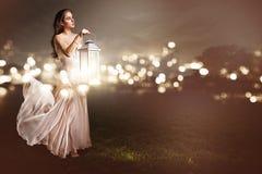 Женщина с latern Стоковое Фото
