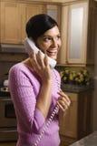женщина телефона говоря Стоковые Фото
