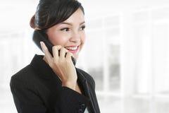 женщина телефона звонока дела Стоковые Фотографии RF