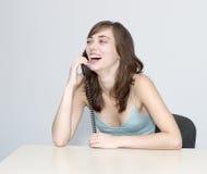 женщина телефона переговора Стоковые Изображения
