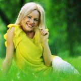 женщина травы Стоковая Фотография