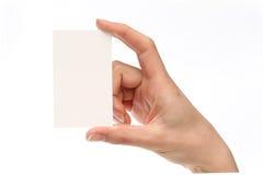 женщина удерживания визитной карточки Стоковое Фото