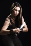 женщина удерживания кинжала Стоковая Фотография RF