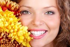 женщина усмешки Стоковые Фото