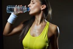 Женщина фитнеса Стоковые Изображения