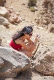 Женщина фотографируя природу Стоковые Фото