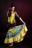 женщина цыганина танцульки Стоковое Изображение
