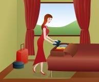 женщина чемоданов упаковки Стоковое Фото