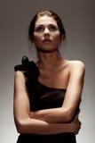 женщина черного платья нося Стоковая Фотография