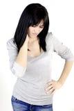 Женщина чувствуя сильную боль шеи Стоковые Фотографии RF