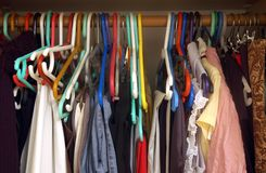 женщина шкафа Стоковые Фотографии RF