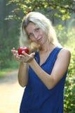женщина яблока стоковые фотографии rf