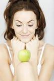 женщина яблока свежая Стоковая Фотография