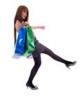 женщина 2 способа мешков ходя по магазинам Стоковые Изображения RF