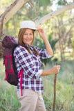 Женщина Active зрелая с рюкзаком и ручкой Стоковое фото RF