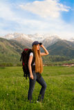женщина backpack счастливая Стоковое Изображение RF