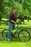 женщина bike велосипедиста Стоковое Фото