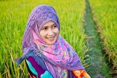 женщина hijab мусульманская нося Стоковое фото RF