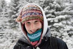 женщина hiking сь детеныши Стоковые Фото