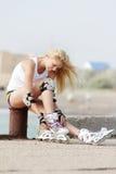 женщина rollerblade ролика катаясь на коньках Стоковое Изображение