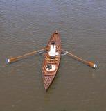 женщина rowing Стоковое Изображение