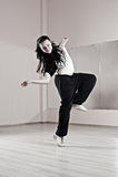 женщина smiley танцульки Стоковые Фото